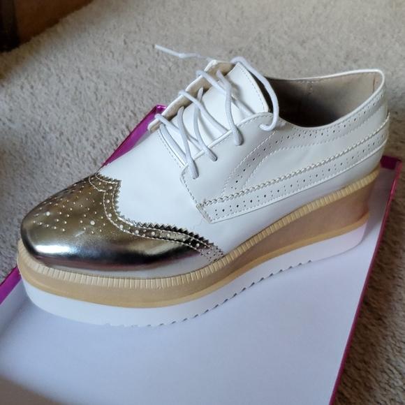 Shoes   Platform Oxfords   Poshmark